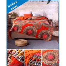 Print Home Bedding Scallop Quilt