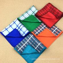 Cuadrados de bolsillo de seda al por mayor de encargo de la impresión de doble cara de la mano de los hombres 100%
