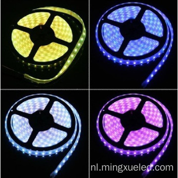 Aanpasbare 5050 RGB 30 of 60 led-led strip