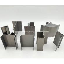 Produção de alumínio em sala limpa