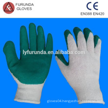 Green Latex palm coated bleached white cotton string knitted work gloves