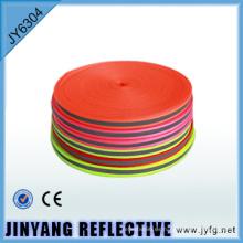 alto brillo de poliéster de alta visibilidad en oscura cinta reflectante