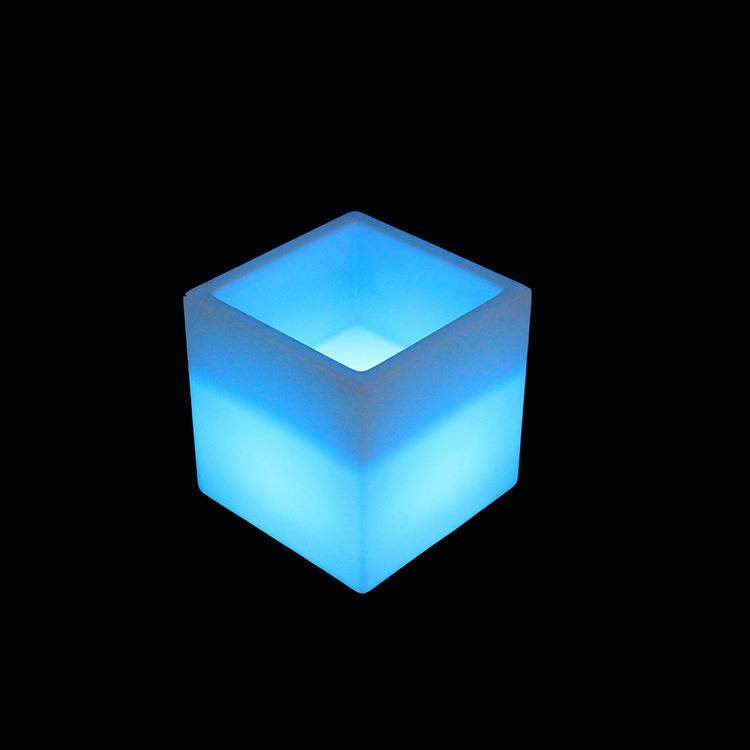 Modern Plastic Outdoor and Indoor Led Cube