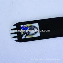 China la fábrica del OEM personalizados promocionales niños PVC negro pulsera de la palmada