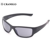 hecho en China al por mayor personalizados superan deporte gafas de sol