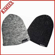 Зимняя грелка с вязаной шапочкой