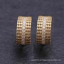 Arabia 2016 Imágenes de pequeños pendientes de oro Huggie