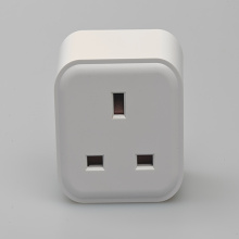 Approvisionnement d'usine Wifi smart outlet UK standard