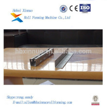 Hebei xinnuo chambre froide rouleau de panneau formant la machine