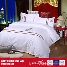 100Cotton постельных принадлежностей гостиницы Логоса вышивки набор отель постельное белье Размер