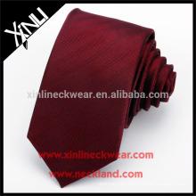 Nudo perfecto hecho a mano al por mayor 100% seda corbata roja