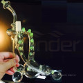 Pipe à eau en verre pour fumer avec des centaines de personnes