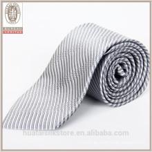 Corbatas de seda de los nombres de fábrica