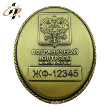 Cheap custom 3cm brass metal military badge with safety pin
