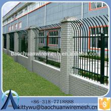 Nueva valla de acero de moda del diseño / valla del hierro labrado / paneles de aluminio de la cerca