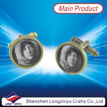 Leere Manschettenknöpfe mit Menschen Bild gedruckt Epoxy Custom Metall Manschettenknöpfe