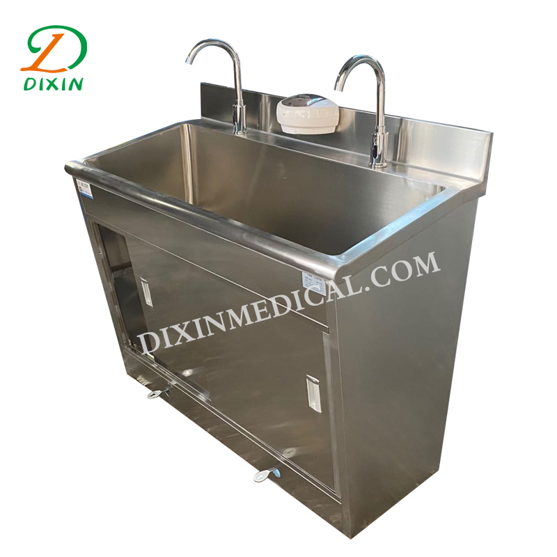 Hospital stainless steel sink