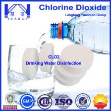 Tablette et poudre de dioxyde de chlore pour traitement de l'eau potable