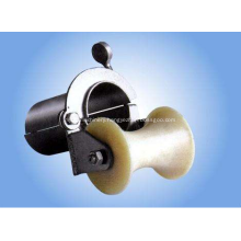 Wellhead protection orifice roller pulley