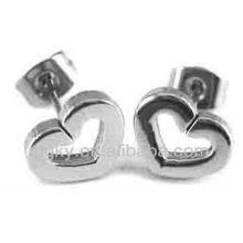 Pendientes en forma de corazón magnético de acero inoxidable para las niñas