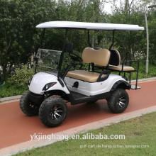Kraftvolle Ezgo-Golfwagen mit Off-Road-Reifen