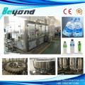 Machine d'embouteillage d'eau minérale à eau pure pour bouteille en plastique 250-2000ml