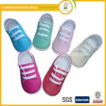 2015 heiße Verkaufsqualitätseinspritzung scherzt bequeme beiläufige Schuhe des Babys