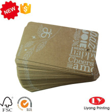 Étiquette volante bon marché de papier d'emballage avec le trou