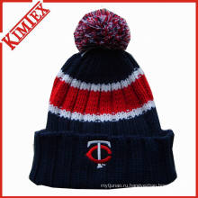 Зимняя теплая коренастая шапочка для вязания крючком