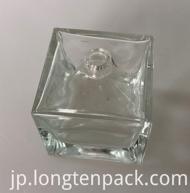 100ml square bottle
