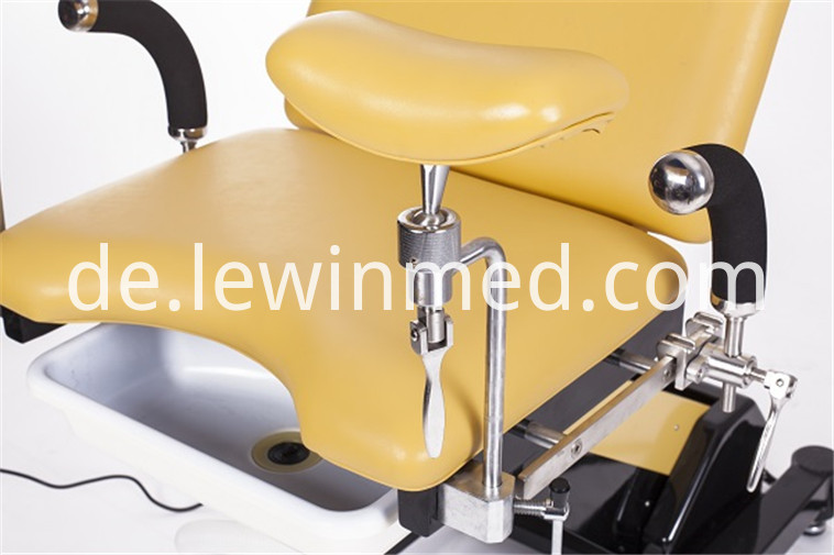 ELECTRIC OBSTETRIC TABLE (2)
