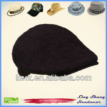 LSC49 Ningbo Lingshang Custom Duck-Tongue fashion winter knitted lady beanie hat