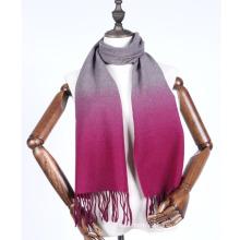 colgar bufanda de cachemira teñida