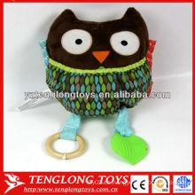 Promocional juguetes de bebé coloridos búho en forma de sonidos juguetes de peluche