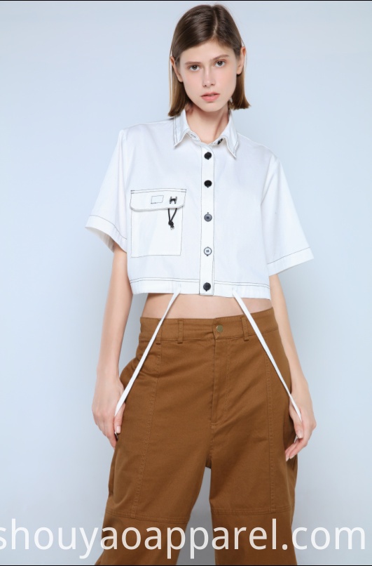 LADIES BLOUSE WITH SHORT SLEEVES