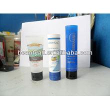 Упаковка косметической пластиковой трубки для ухода за кожей