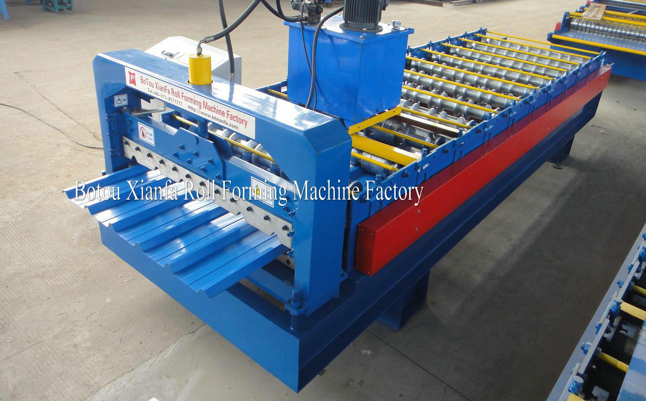 TR roofing roll forming machine
