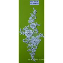 Stickerei-Spitze-Gewebe mit Strass-weißen Schnur-Spitze-Gewebe mit Blumen CMC070B