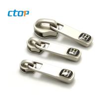 Manufacturers wholesale zinc alloy garment supplier zipper slider zipper head zipper pull