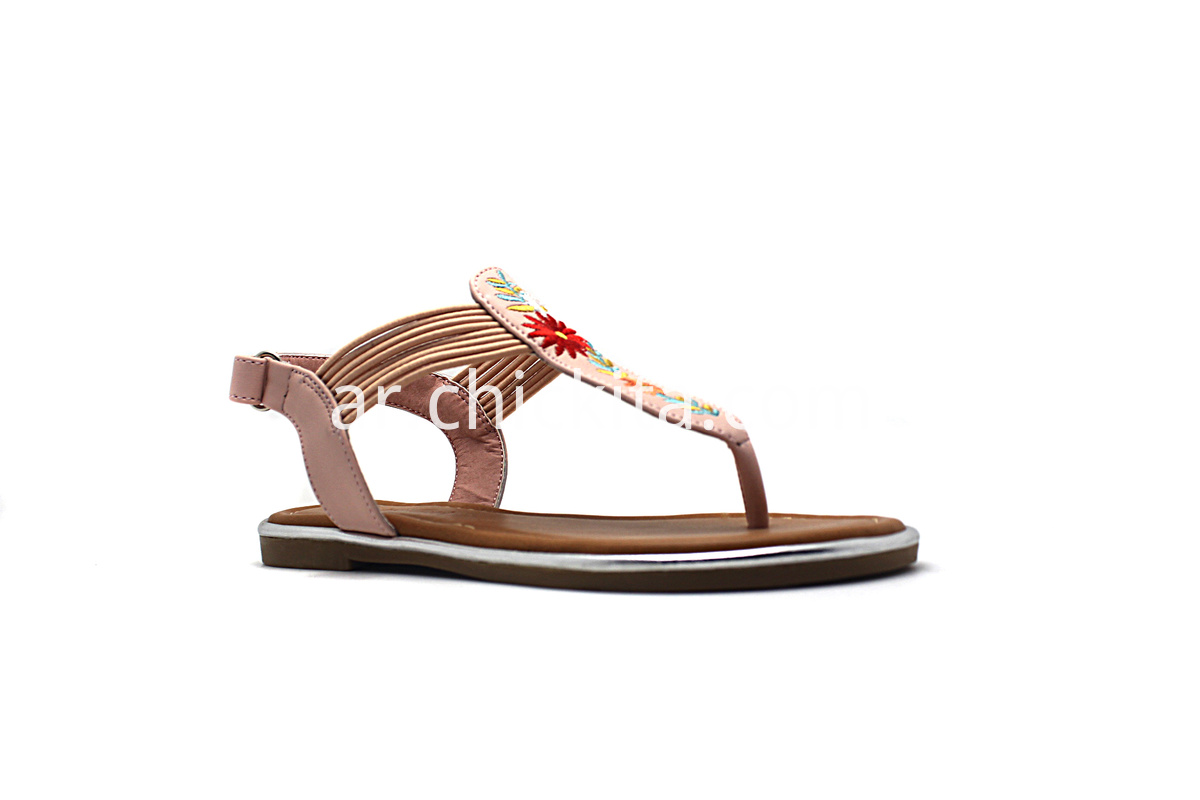Cute embroidered girls sandals Children Flat Fashion Sandals