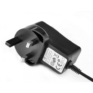 Apa versi Power Adapter desktop 18W di Hungary