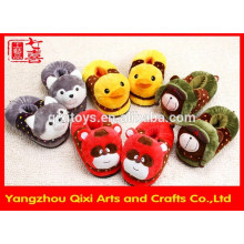 High quality winter warm animal shape slippers plush toy animal slippers cheap wholesale slippers