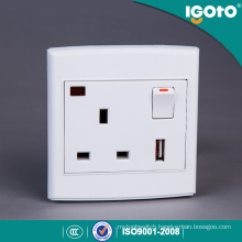 UK Style BS 1 Gang 13A USB Switched Socket with Neon