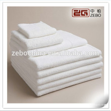 100% Cotton Plain Woven Style 30*30cm White Wholesale Hand Towel Embriodery LOGO