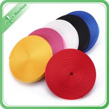 Ruban de satin de polyester imprimé par arc-en-ciel adapté aux besoins du client en gros de haute qualité