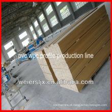 linha de madeira plástica profissional da extrusão do perfil do pvc do composto do lesco