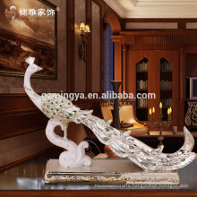 Low Price New Arrival Wholesale Resin Creative Peacock Design Resin peacock in Resin Home