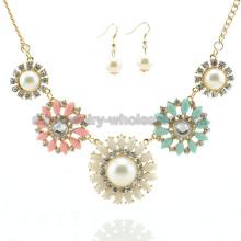 Moda ronda Zinc aleación resina elegante encantador collar de perlas