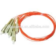 Niveau de télécommunication 900um / 2.0mm / 3.0mm SC multimode fibre optique pigtail direct Chine