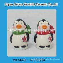 2016 прекрасный пингвин разработан керамический S & P шейкер для кухни